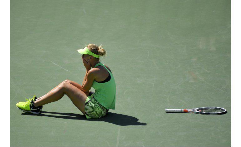 Federer confirma que está de vuelta; triunfa en Indian Wells