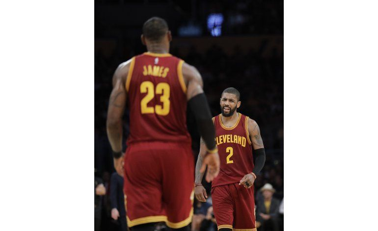 Irving impresiona con 46 y Cavs superan a Lakers