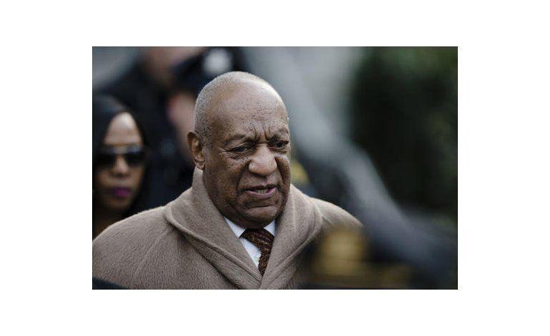Cosby quiere revisión de jurado para buscar imparcialidad