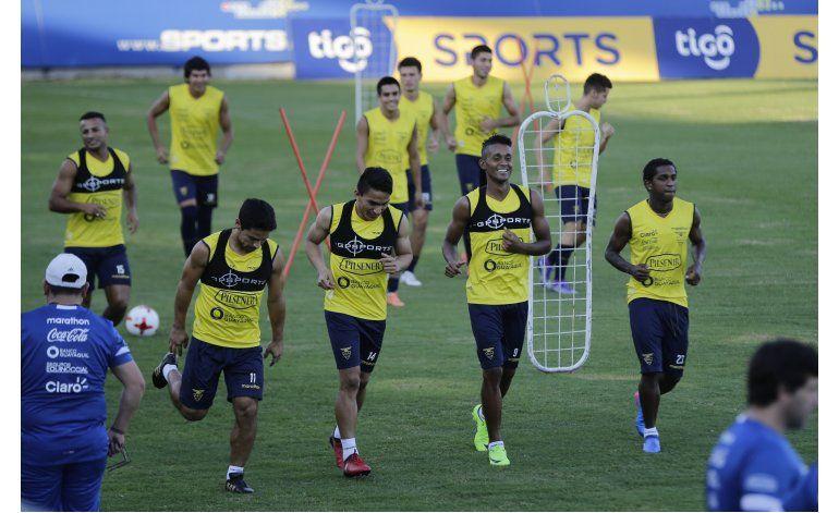 Quinteros: Ecuador será prudente ante Paraguay