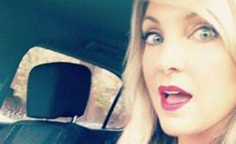 Mujer envía selfies desnuda a menor de 14 años y abusa de él 15 veces al interior de automóvil