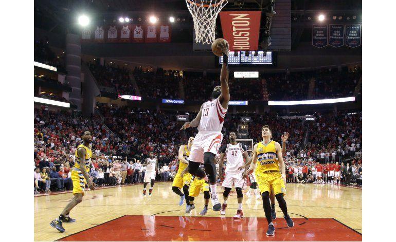 Harden logra enceste del triunfo por los Rockets