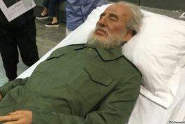 fidel castro reaparece entre millonarios y comunistas en hong kong