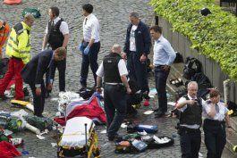 una persona murio y 10 resultaron heridos en un ataque terrorista en londres