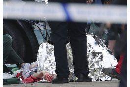 medios: policia allana propiedad ligada a ataque de londres