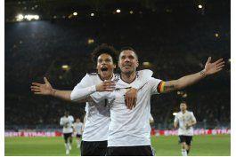 francia, alemania y espana buscan alejarse en eliminatorias
