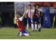 paraguay vence a ecuador y toma oxigeno en eliminatoria
