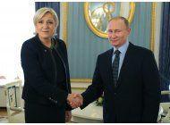 putin recibe a la candidata presidencial francesa le pen