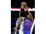 payton aporta triple doble y magic arrolla a pistons