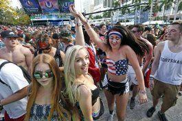 festival ultra de vuelta a miami con musica electronica y mucha congestion en el trafico