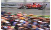 Hamilton se hace con la pole para el GP de Australia