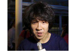 juez de eeuu concede asilo a un joven bloguero de singapur