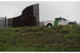 el muro propuesto por trump enfrenta muchos problemas