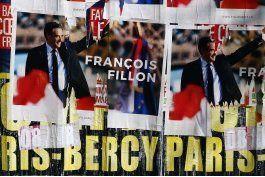francia: esposa de fillon afronta cargos por empleo publico