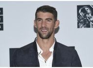 michael phelps a shark week de discovery