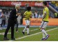 pekerman evita fijar posicion frente gesto obsceno de james