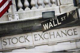 ganancias en acciones bancarias ponen fin a caida del dow