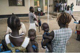 crisis humanitaria en africa, trump restringe ayuda