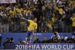 neymar y brasil estan en rusia tras divertirse con paraguay