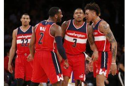 wizards vencen a lakers  y logran titulo divisional