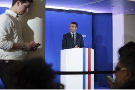 ex primer ministro galo valls apoya la candidatura de macron