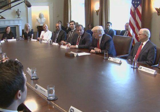 Presidente Trump crea comisión para enfrentar la  epidemia  de adicción a la cocaína y opiáceos
