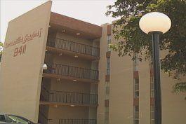 propietarios de condominio molestos tras vencimiento de orden de reparacion o demolicion