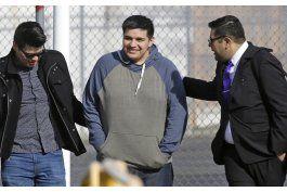 dreamer mexicano queda en libertad, tramitan su deportacion