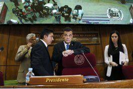 senado paraguayo en crisis por posible reeleccion