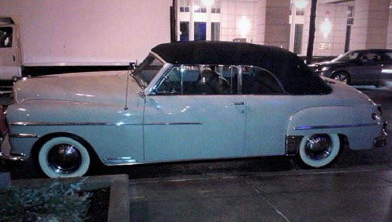 Un filántropo de EEUU regala un auto DeSoto del 40 a Eusebio Leal