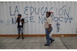 sindicatos argentinos protestan contra gobierno de macri
