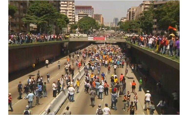 Venezolanos vuelve a tomar las calles contra el régimen de Maduro y el Tribunal Supremo  de Justicia