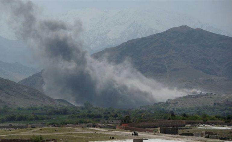 EEUU lanza en Afganistán la madre de todas las bombas
