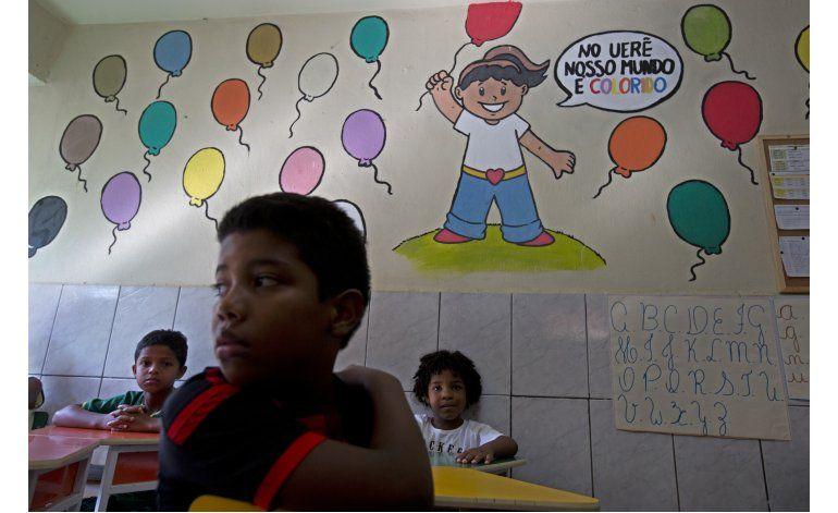 Tiroteos en favelas de Río dejan a escuelas en fuego cruzado