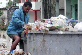 basura invade las calles de la habana
