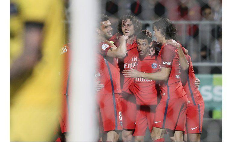 Con doblete de Di María, PSG sigue al acecho de Mónaco