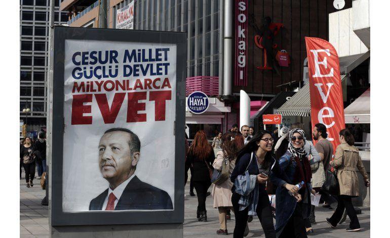 La campaña del referendo en Turquía da sus últimos pasos