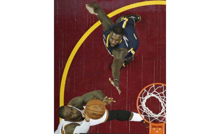 LeBron y Cavs escapan con victoria 109-108 ante Pacers