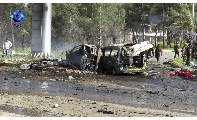 Posponen evacuación masiva en Siria tras atentado mortal