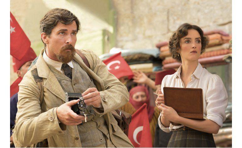 Christian Bale es un reportero de la AP en The Promise