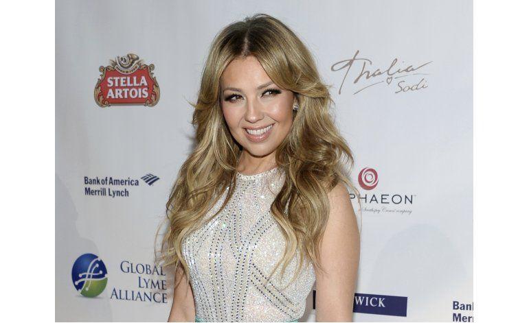 Demandan a Thalía por incumplir contrato y exigir gastos