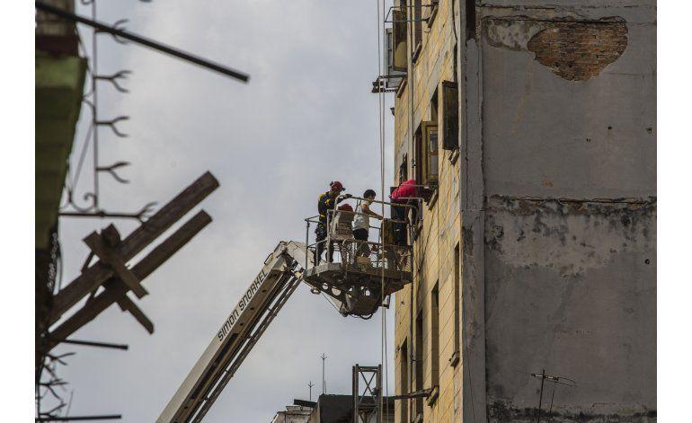 Derrumbe pone en peligro hogar de 600 personas en La Habana