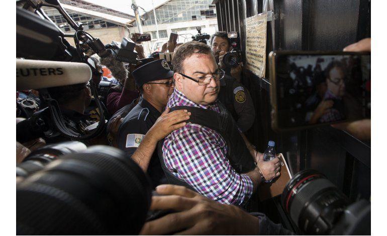 Exgobernador mexicano permanecerá en prisión en Guatemala