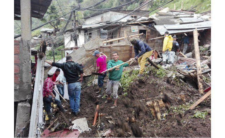 Colombia: 17 muertos por derrumbes provocados por lluvias