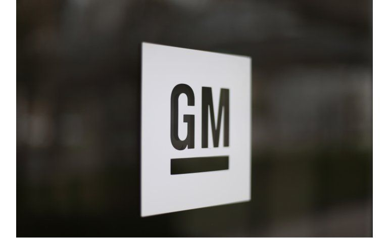 Venezuela decomisa bienes de GM, que frena operaciones