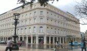 Gucci, Versace, Armani se hacen presentes en la Manzana de Gómez de la Habana