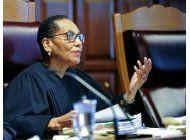 persisten dudas en muerte de prominente jueza en ny
