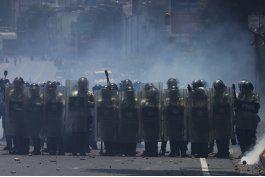 oposicion protesta mientras oea analiza situacion venezuela