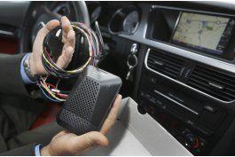 auto viejo, tecnologia nueva para dar mas seguridad