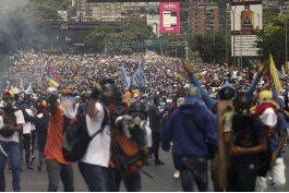opositores venezolanos se niegan a aceptar represion